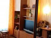 Комната 13 м² в 1-ком. кв., 1/10 эт. Омск