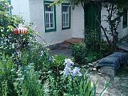 Дом 37 м² на участке 9 сот. Эркин-Шахар