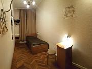 Комната 10 м² в > 9-ком. кв., 2/5 эт. Санкт-Петербург