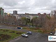 3-комнатная квартира, 90 м², 3/10 эт. Томск