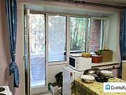 Комната 12 м² в 4-ком. кв., 2/5 эт. Омск