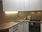 1-комнатная квартира, 40.4 м², 1/3 эт. Батайск