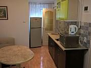 2-комнатная квартира, 55 м², 1/1 эт. Ялта