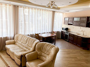3-комнатная квартира, 98 м², 3/13 эт. Алушта