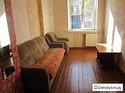 Комната 11 м² в 5-ком. кв., 1/3 эт. Калининград