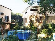 Дом 200 м² на участке 4 сот. Алупка