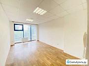 Светлый офис 15м2 с панорамными окнами Томск