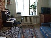 Комната 17 м² в 9-ком. кв., 4/9 эт. Саратов