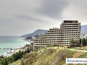 15и этажный недостроенный гостиничный комплекс Алушта