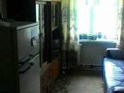 Комната 10 м² в 5-ком. кв., 4/5 эт. Омск