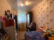 Комната 13.3 м² в 3-ком. кв., 1/2 эт. Алексин