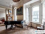 Комната 41.2 м² в 6-ком. кв., 5/6 эт. Санкт-Петербург