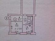 Комната 12 м² в 2-ком. кв., 1/2 эт. Омск