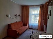 Комната 15 м² в 5-ком. кв., 2/4 эт. Санкт-Петербург