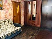 2-комнатная квартира, 43 м², 1/4 эт. Катунино