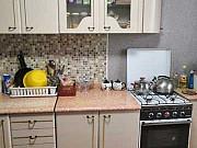 3-комнатная квартира, 68 м², 3/3 эт. Новоомский