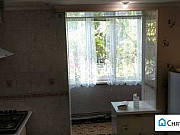 2-комнатная квартира, 75 м², 1/5 эт. Феодосия