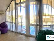 Комната 30 м² в 1-ком. кв., 1/4 эт. Алушта