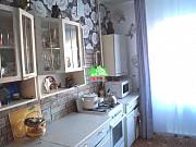 3-комнатная квартира, 68 м², 1/3 эт. Северская