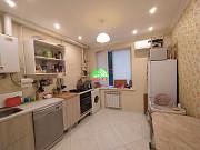 2-комнатная квартира, 49 м², 1/3 эт. Северская